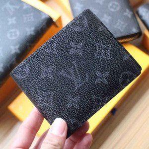 NWT L💟V Men's Monogram Wallet Black m60895